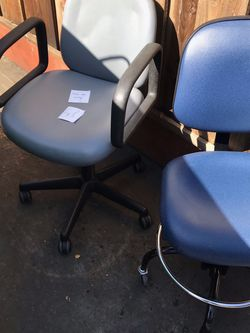 Office Chairs $30.00 Both for Sale in San Lorenzo,  CA
