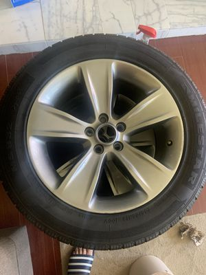 Dodge Challenger rims and tires for Sale in Livingston, CA