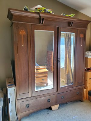 Antique English Oak Armoire for Sale in Diamond Bar, CA