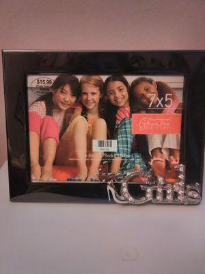 5 x 7 picture frame for Sale in Carpentersville, IL