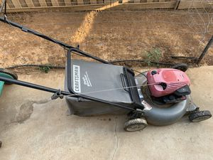 Craftsman lawn mower for Sale in Moreno Valley, CA