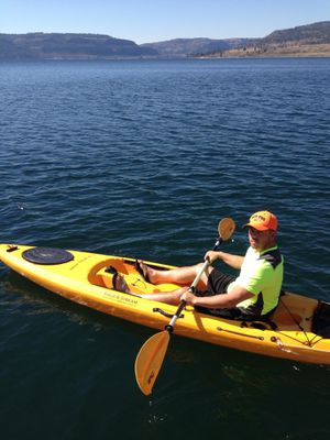 Field & stream eagle talon kayaks ***SET OF 3*** for Sale in Newcastle, WA
