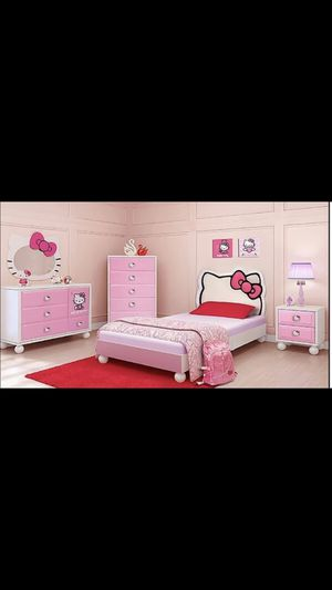 Hello kitty bed set for Sale in Battle Ground, WA