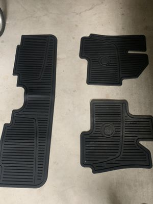12-16 Cadillac SRX all weather mat pkg in like new shape for Sale in Marysville, WA