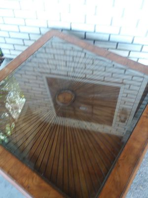 Coffee table N 2 End tables for Sale in Tampa, FL