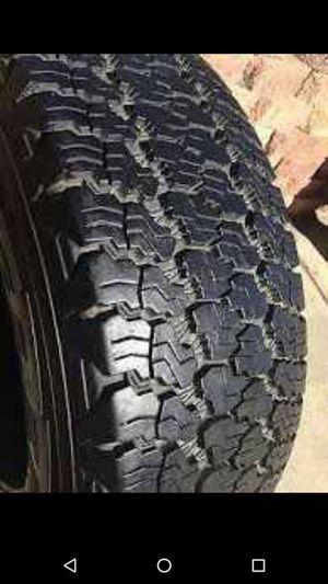 225/65/17 - FullSet (4tires) of FIRESTONE FR710 tires. LIKE-NEW!! for Sale in Minneapolis, MN
