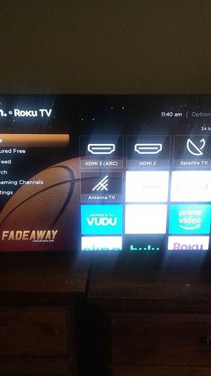 40 inch Roku Smart TV for Sale in Las Vegas, NV