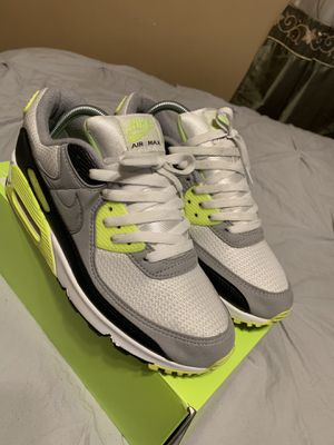 Nike air max's 90 OG Volt Size 8.5 for Sale in Rancho Dominguez, CA