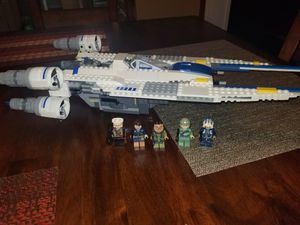 Lego star wars 75155 Rebel U-wing starfighter for Sale in Garden Grove, CA