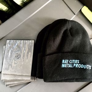 FREE (3) NEW BEANIES & Disc Cases for Sale in Newport Beach, CA