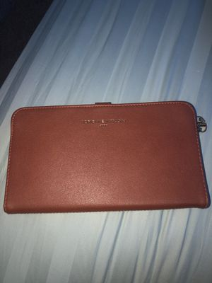 ADRIENNE VITTADINI wallet for Sale in Dallas, TX