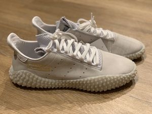 Adidas Kamanda White + Gold | Sz 10.5 for Sale in Westminster, CO