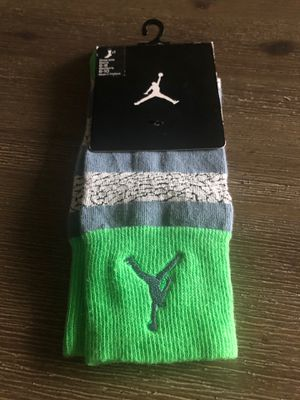 Nike Jordan socks grey & green size medium for Sale in Tamarac, FL