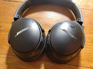 Bose QuietComfort QC35II for Sale in South Euclid, OH