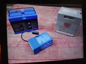 3 batteries for Sale in Hickory Hills, IL