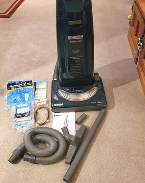 Kenmore Vacuum Cleaner w/Hepa Filter & MANY Extras!! for Sale in Ontario, CA
