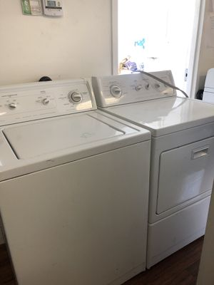 Kenmore washer and dryer electric for Sale in Cedar Hills, UT