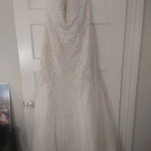 David's Bridal Wedding Dress for Sale in Bradenton, FL