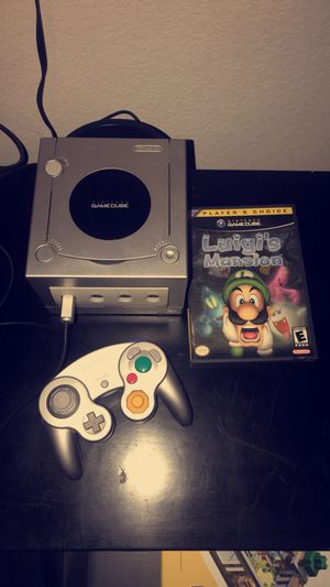 Platinum GameCube W/ Luigi's Mansion for Sale in Las Vegas, NV