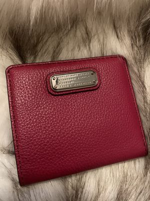 Red Marc Jacob wallet for Sale in Las Vegas, NV