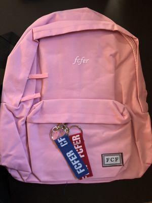 Kids Women's Teen BACKPACK for Sale in Ojai, CA