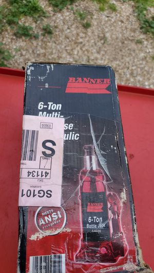 Banner 6 ton bottle jack for Sale in Glendale, AZ