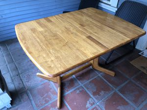 FREE Extendable Dining Room Table! for Sale in Mountain View, CA