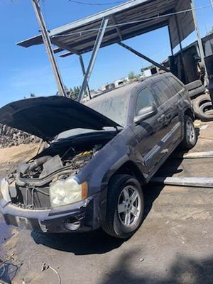 2006 Jeep Grand Cherokee for parts only. for Sale in Modesto, CA