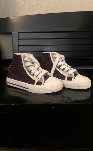 Toddler Burberry Shoes for Sale in Phoenix, AZ