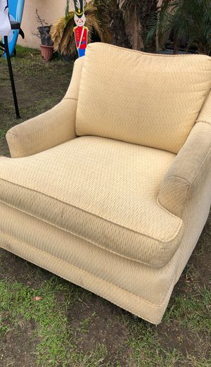 Antique chair for Sale in Anaheim, CA