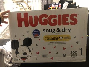 Huggies snug and dry, Size 1, 200 count for Sale in Hartford, CT