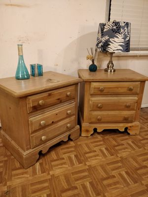 """Nice 2 night stand with big drawers in good condition. L25""""*W18""""*H25"""" for Sale in Annandale, VA"""