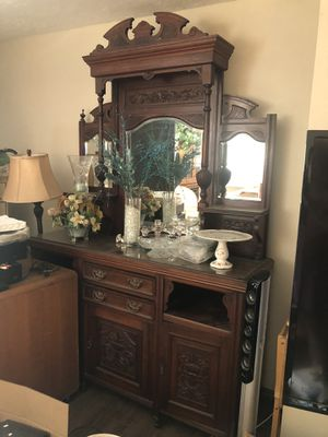 Antique china cabinet for Sale in Huntington Beach, CA