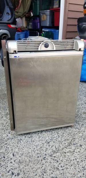 Norcold 12V Camper Travel Trailer Marine Refrigerator for Sale in Portland, OR