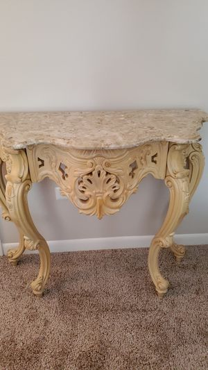 Console table for Sale in Schaumburg, IL