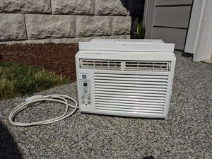 Frigidaire 5,000 BTU Air Conditioner for Sale in Lake Stevens, WA