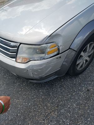 Ford Taurus sel 3rd X 145xxx on the dash run great trans run100%. Minor body damage as you can see 3600 0.b.o for Sale in Philadelphia, PA