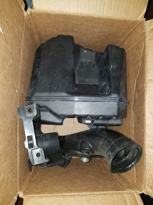 2004-2008 Genuine Acura TSX Resonator and Intake cover for Sale in Daly City, CA
