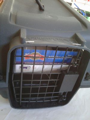 "Great Choice Portable Kennel / Brand new Never been used Dimensions: 16"" long ( 41 CM) 9 "" tall ( 23 CM for Sale in Powder Springs, GA"