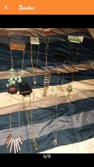 30 piece Jewelry bundle for Sale in Washington, DC