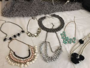 Women's statement necklaces for Sale in Chicago, IL