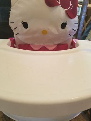 Hello Kitty Booster Seat for Sale in Grove City, OH