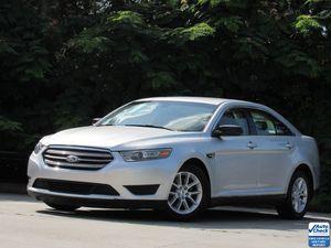 2013 Ford Taurus SE for Sale in Marietta, GA