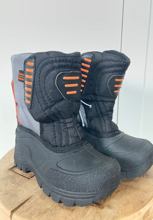 Champion Kids Snow Boots Size 11 for Sale in Claremont, CA