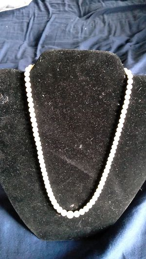 Pearl's with 14k clasp great looking item for Sale in Abbot, ME