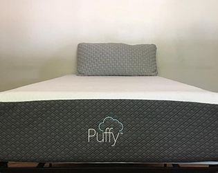 Puffy Luxe Twin Xl Size Mattress- Like New Bed!! for Sale in North Brunswick Township,  NJ
