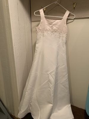 Flower girl dress / junior bridesmaid for Sale in Fairview Park, OH