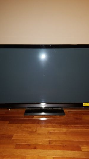 "Panasonic 50"" Plasma TV & remote Parts only POWERS ON for Sale in Staten Island, NY"