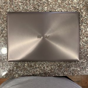 "ASUS ZENBOOK UX303UB-DH74T (13.3"" - Core i7 6500U - 12 GB RAM - 512 GB SSD) for Sale in San Jose, CA"