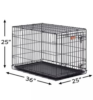 Medium size dog kennel (2 doors) for Sale in Houston, TX